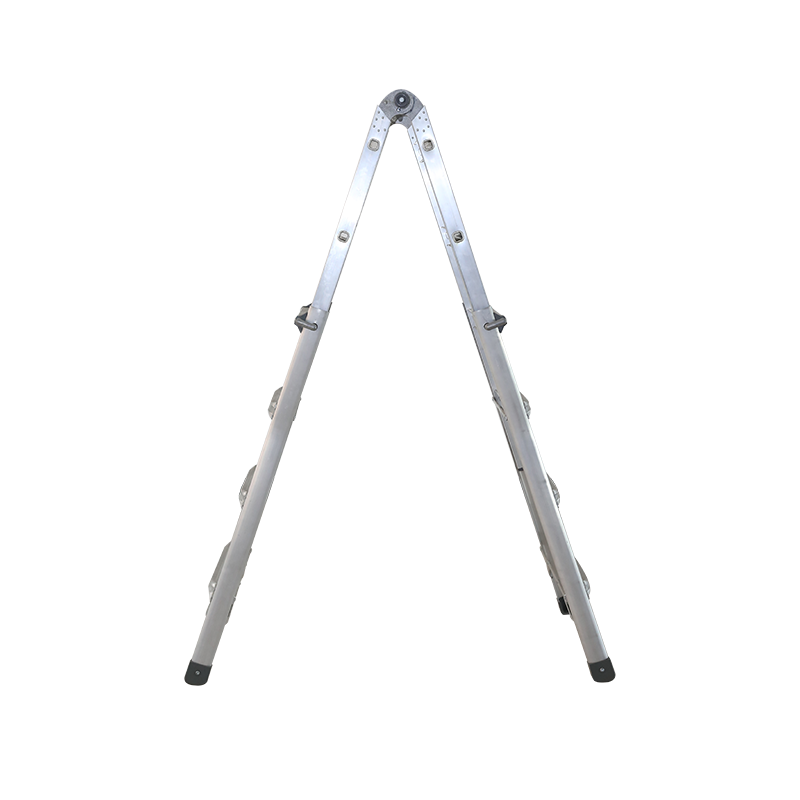 What is the correct operation method of the ladder? (1)